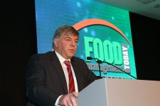 Food Industry Champion Nick Allen addressing guests.