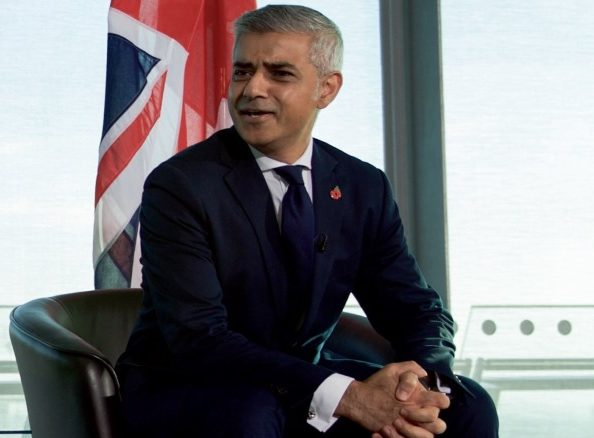 London Mayor plans junk food advert ban on transport network