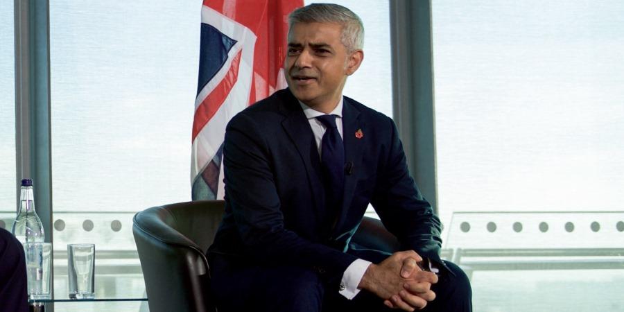 London Mayor plans junk food advert ban on transport network