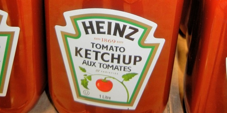 Kraft Heinz records loss and sees shares plunge