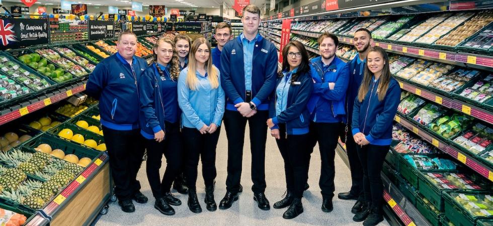 Aldi announces market-leading pay rates for store colleagues