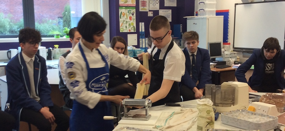 Pre-virus cookery classes for Scottish children held by QMS